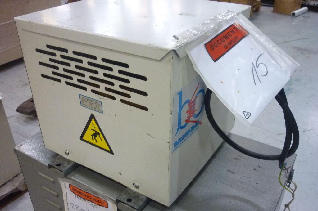 TRANSFORMER 400V   230V, Year : 1995, ref.45894   www.coci-sa.com/en   45894n.jpg