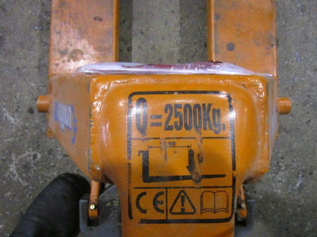 HANDLING-MATERIAL HAND PALLET TRUCK, Year : 2010, ref.63032 | www.coci-sa.com/en | 63032n.jpg